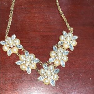 FLORAL DIAMOND STATEMENT NECKLACE
